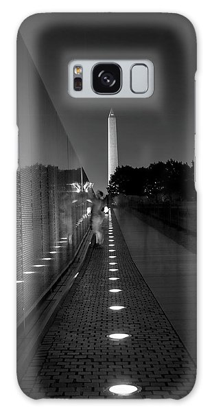 Vietnam Veterans Memorial At Night In Black And White Galaxy Case