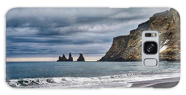 Vik Winter Wonderland Beach Galaxy Case
