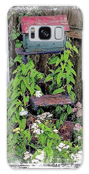 Vintage Bird House Galaxy Case