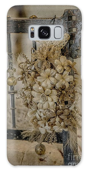 Vintage Floral Swag On A Bedpost Galaxy Case