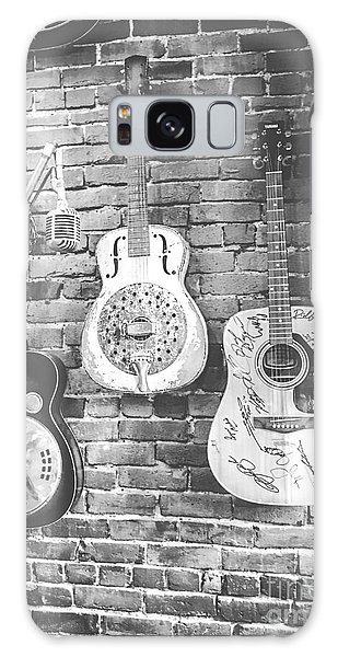 Vintage Guitar Trio In Black And White Galaxy Case
