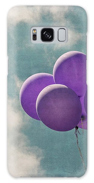 Vintage Inspired Purple Balloons In Blue Sky Galaxy Case