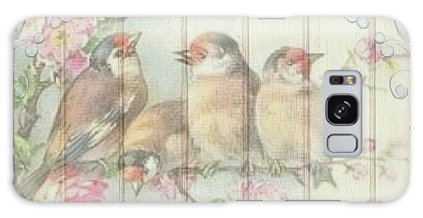 Vintage Shabby Chic Floral Faded Birds Design Galaxy Case