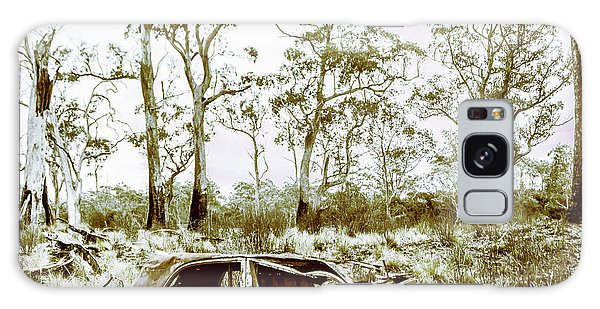 Vintage Cars Galaxy Case - Vintage Winter Car Wreck by Jorgo Photography - Wall Art Gallery