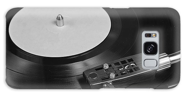 Vinyl Record Playing On A Turntable Overview Galaxy Case