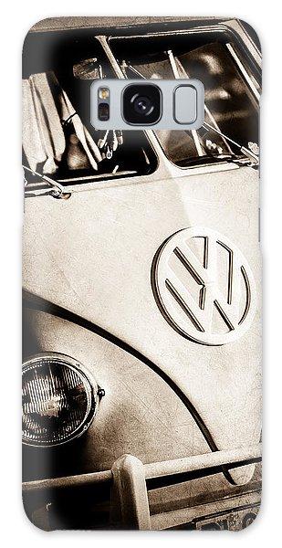 Galaxy Case featuring the photograph Volkswagen Vw Bus Emblem -1355s by Jill Reger