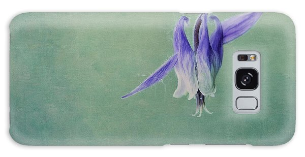 Aquilegia Galaxy Case - Fairy Flower by Priska Wettstein
