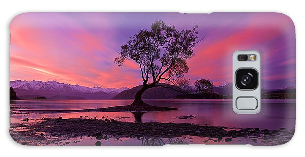 Wanaka Tree Galaxy Case