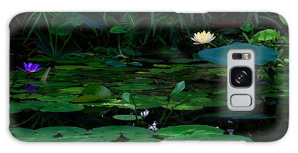 Water Lilies In The Pond Galaxy Case
