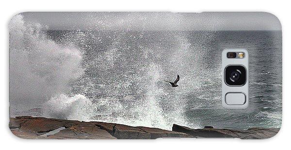 Waves Crashing  Galaxy Case