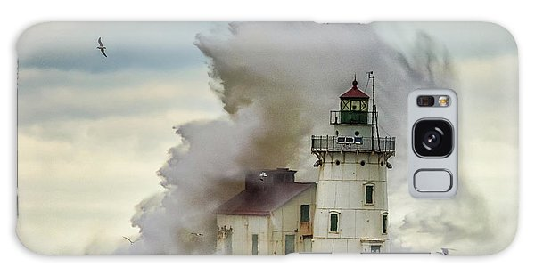 Waves Over The Lighthouse In Cleveland. Galaxy Case