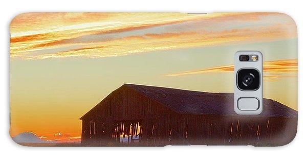 Weathered Barn Sunset Galaxy Case