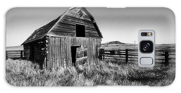 Weathered Barn Galaxy Case