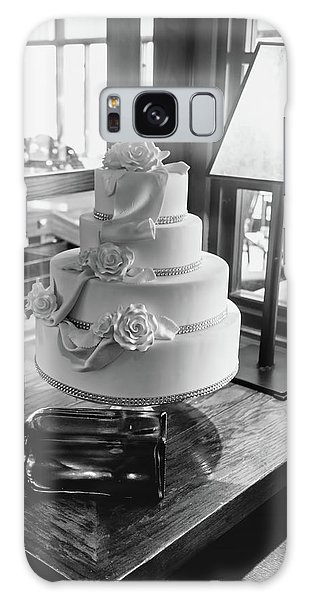 Wedding Cake Bw Series 0956 Galaxy Case