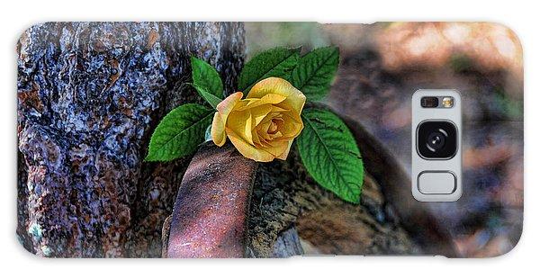 Western Yellow Rose Viii Galaxy Case