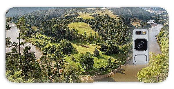 Galaxy Case featuring the photograph Whanganui River Bend by Gary Eason
