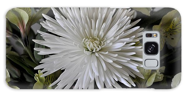 White Chrysanthemum Galaxy Case