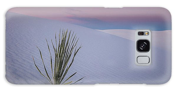 National Monument Galaxy Case - White Dunes by Edgars Erglis