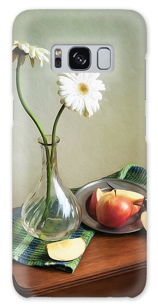White Flowers And Red Apples Galaxy Case