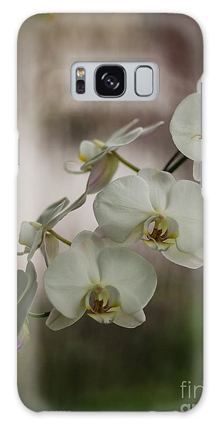 Orchid Galaxy Case - White Of The Evening by Mike Reid