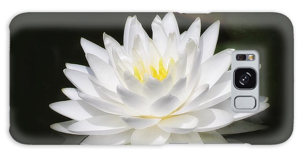 White Petals Glow - Water Lily Galaxy Case