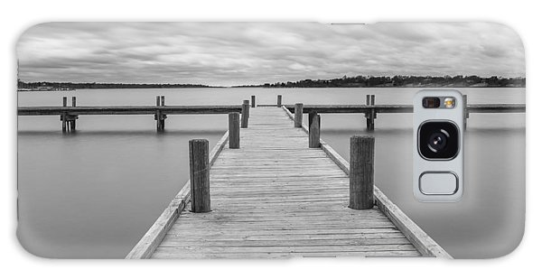 White Rock Lake Pier Black And White Galaxy Case