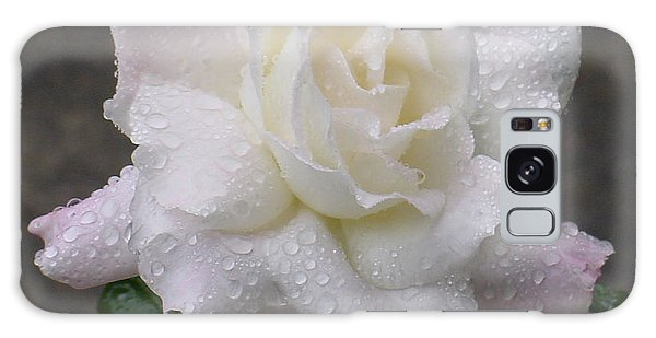 White Rose In Rain - 3 Galaxy Case