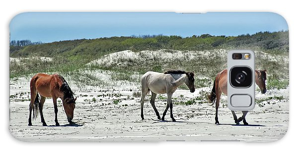 Wild Horses On The Beach Galaxy Case