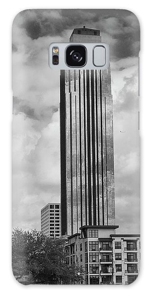 Williams Tower In Black And White Galaxy Case