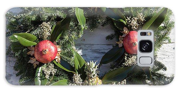 Royal Colony Galaxy Case - Williamsburg Wreath 70 by Teresa Mucha
