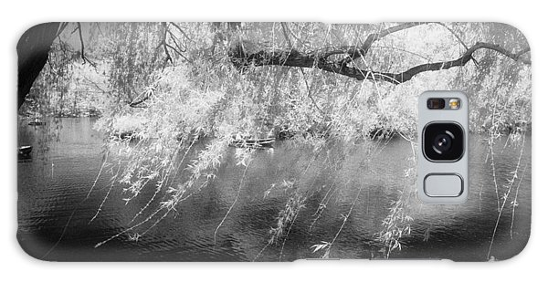 Willow Tree Lake II Galaxy Case