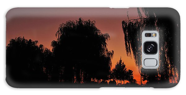 Willow Tree Silhouettes Galaxy Case