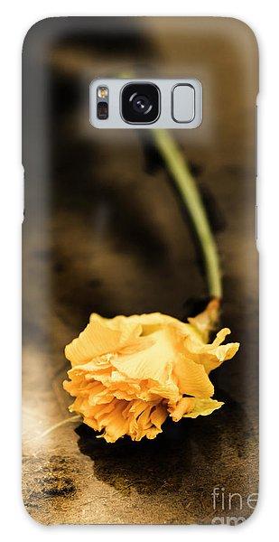 Desert Flora Galaxy Case - Wilting Puddle Flower by Jorgo Photography - Wall Art Gallery