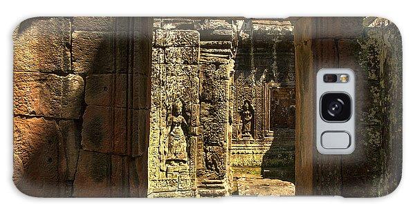 Window Into Angkor Wat Galaxy Case