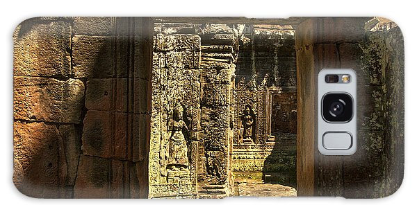Window Into Angkor Wat Galaxy Case
