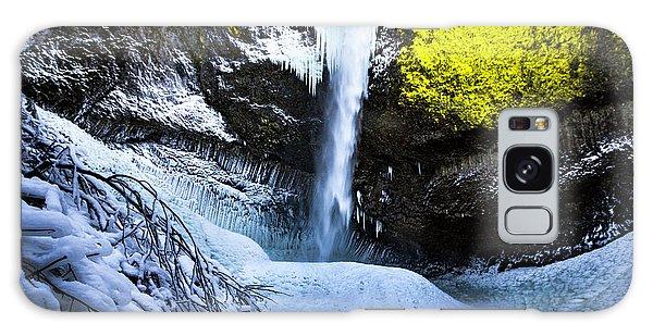 Winter At Latourell Falls Galaxy Case