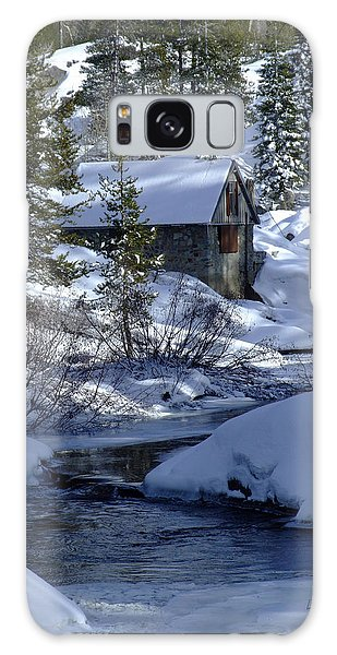Winter Cottage Galaxy Case