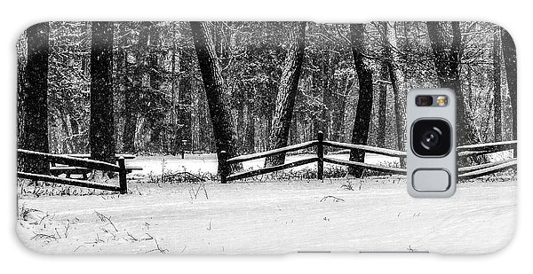 Winter Fences In Black And White  Galaxy Case