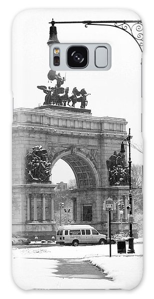 Winter Grand Army Plaza Galaxy Case