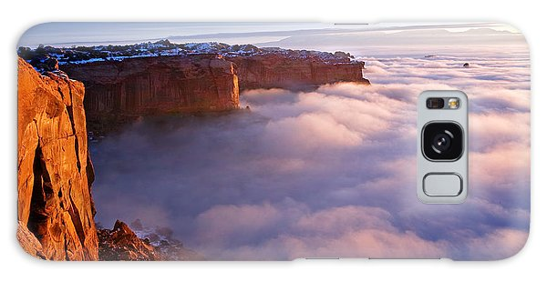 Islands In The Sky Galaxy Case - Winter Inversion At Sunrise by Dan Norris