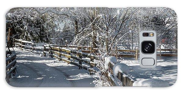 Winter On Ruskin Farm Galaxy Case