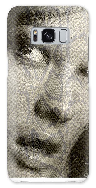 Womans Face With Water And Snake Texture Galaxy Case