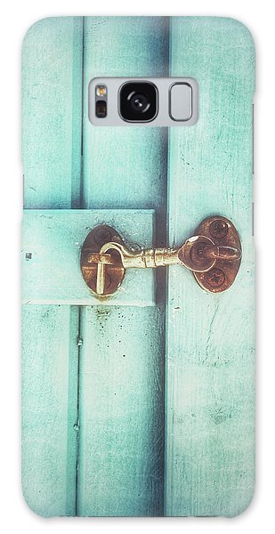Rusty Chain Galaxy Case - Wooden Door Latch by Tom Gowanlock