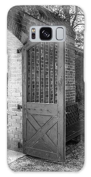 Wooden Garden Door B W Galaxy Case