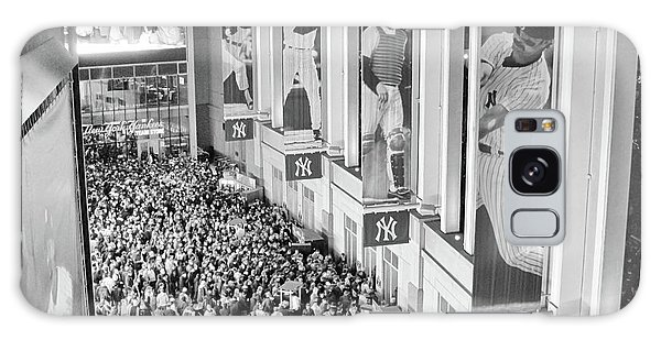 Yankee Stadium Great Hall 2009 World Series Black And White Galaxy Case