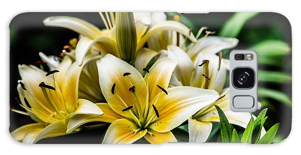 Yellow And White Lilys Galaxy Case