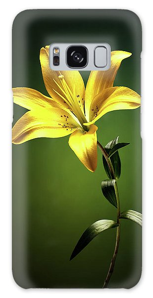 Lily Galaxy S8 Case - Yellow Lilly With Stem by Johan Swanepoel