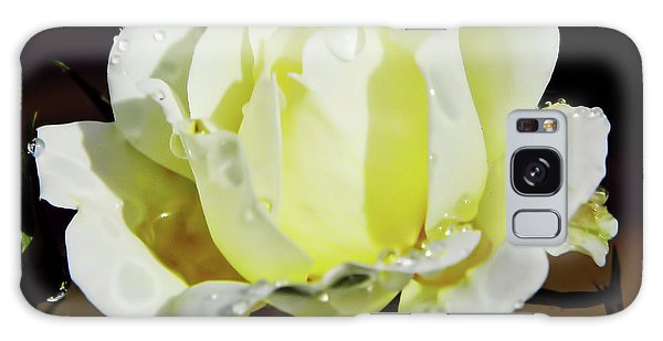 Yellow Rose Dew Drops Galaxy Case