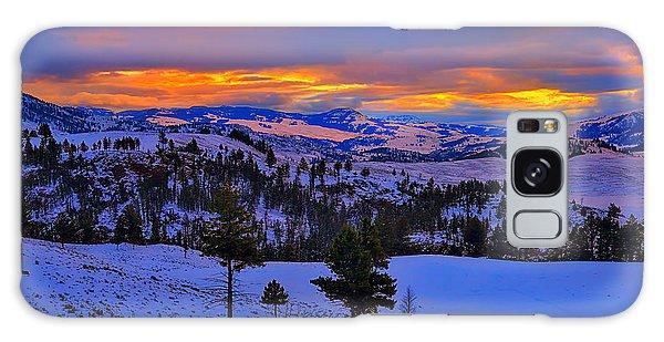 Yellowstone Winter Morning Galaxy Case