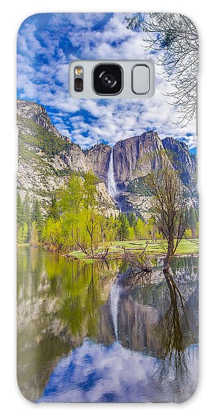 Yosemite Falls In Spring Reflection Galaxy Case